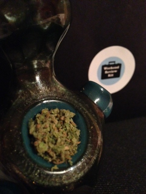 Strain Reviews: Blue Dream | Weekend Review Kit